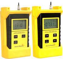 通用光电推出手持式光源、光功率计
