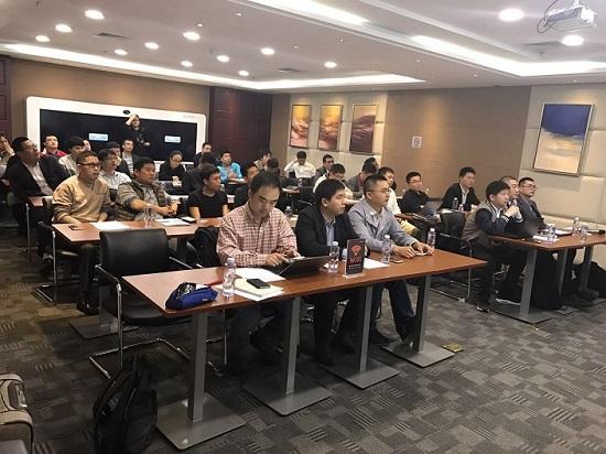 光纤在线&伽蓝特'高速光通信模块技术进展'工业论坛圆满成功
