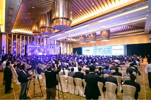 2017CRU大会闪耀中国光谷:长飞引领业界同仁共话发展新纪元