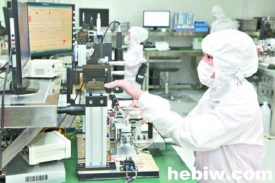 河南仕佳光子公司研制成功DFB激光器芯片