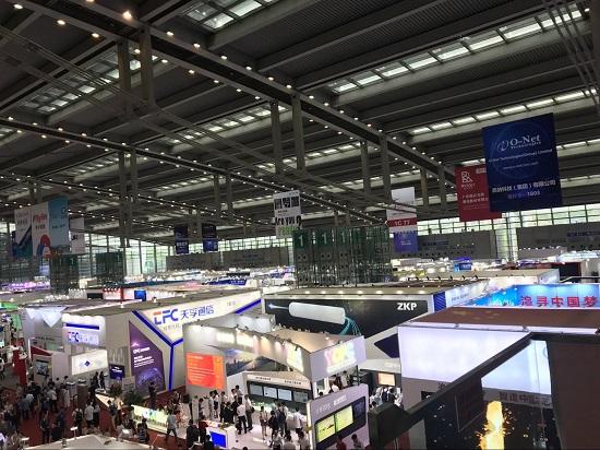 亿源通新款高密度配线箱正式亮相2018国际光博会