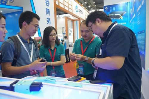 亿源通新款LC双联连接器于国际光博会上市