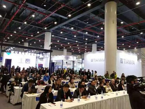 2018武汉光博会印象:寄语未来