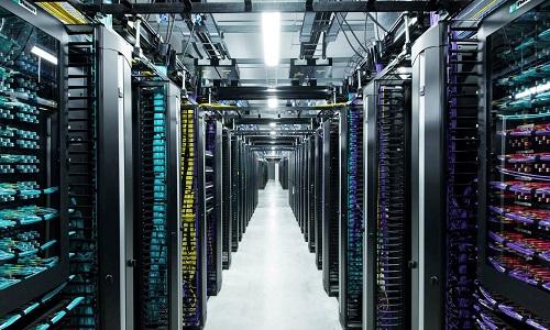 超大数据中心架构,光电互联接口数量及类型浅谈(上)