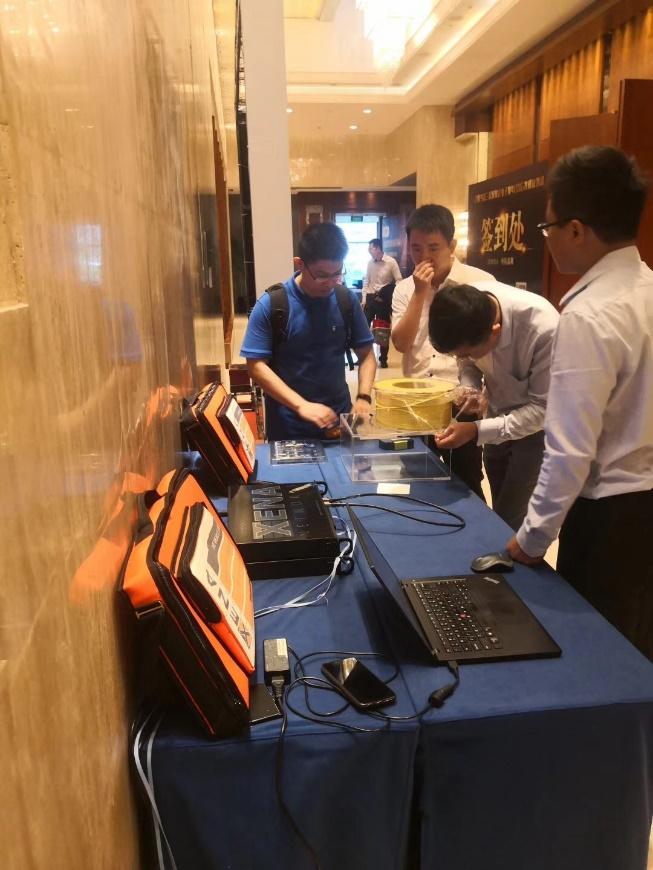 索尔思光电参与光纤在线400G光模块测试
