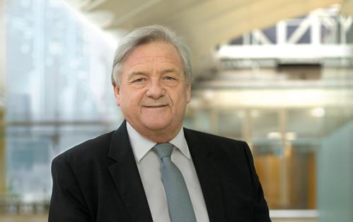 前英国电信董事长迈克·雷克加入华为英国董事会