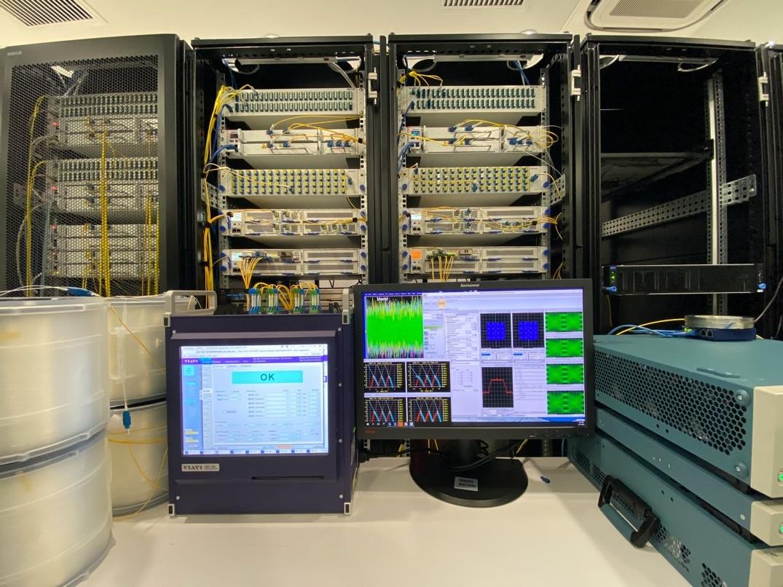 腾讯发布TPC-4数据中心开放光网络传输设备