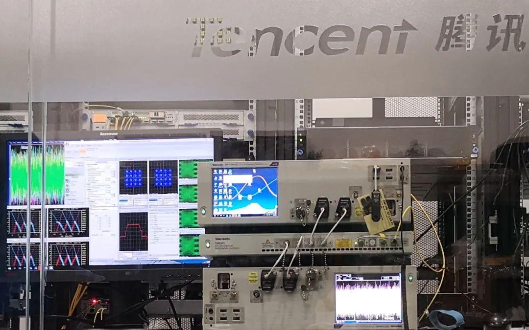 泰克助力腾讯实现TPC-4数据中心网络传输平台演示