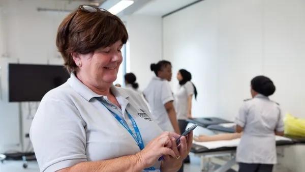 爱立信联合沃达丰、OPPO共同完成英国首个5G SA网络