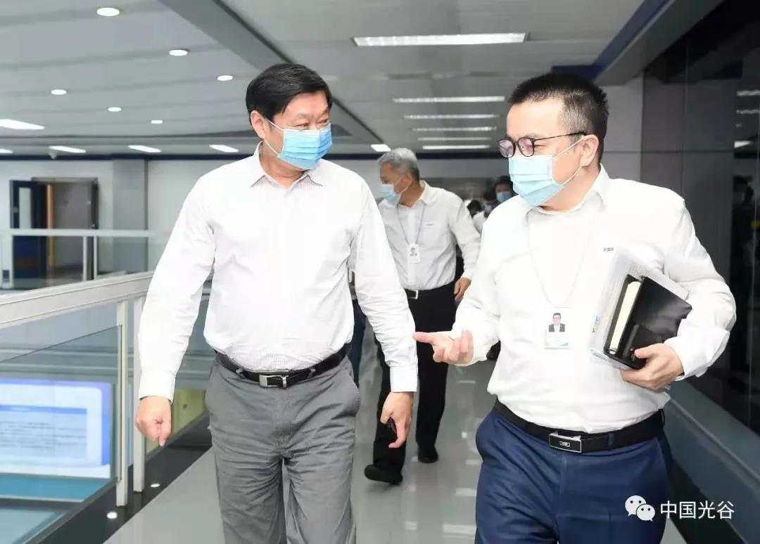 东湖高新区党工委书记汪祥旺一行调研长飞公司