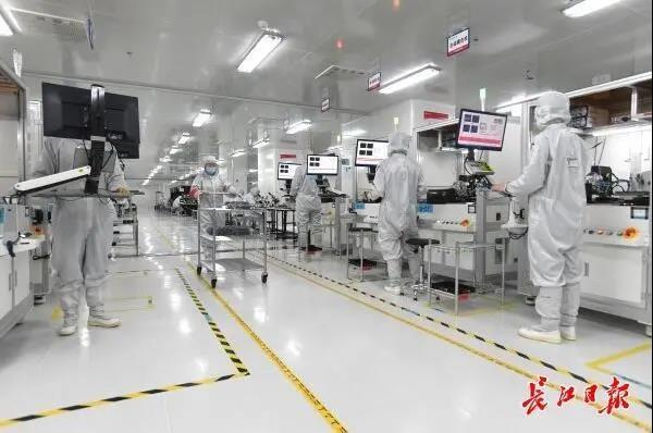 华工正源5G光模块、数据中心高速率光模块日产能高达7万只